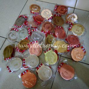 Jual Medali Murah Trophy Murah Jakarta Pabrik Piala Harga Medali Harga Trophy